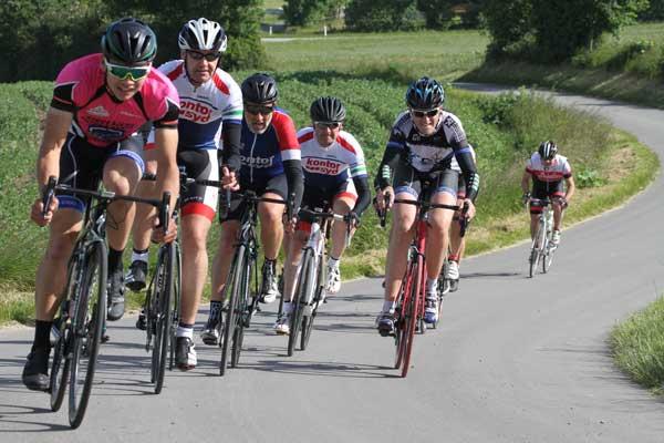 Beretning Fra En Lun Forsommerdag På Cykel